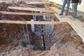 Escavação de 45 graus da gabine